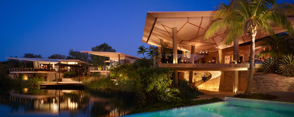 Rosewood Mayakoba reflection in pool